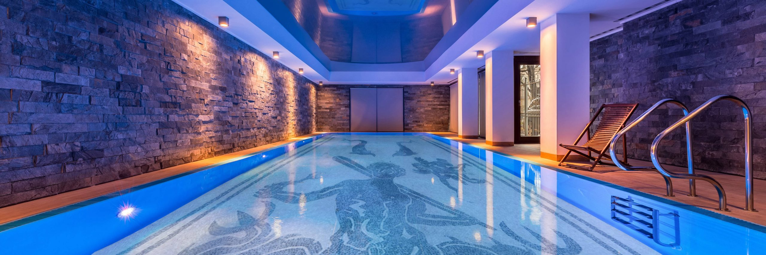 INDOOR POOL AKACHA Design
